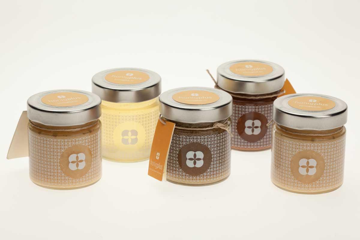 aktuelle pressemeldungen und fotos zu honig und der imkerei honigplus. Black Bedroom Furniture Sets. Home Design Ideas
