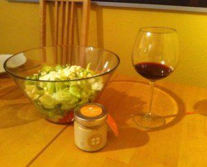 Salatsauce mit deutschem Honig schmeckt lecker und ist vitaminreich