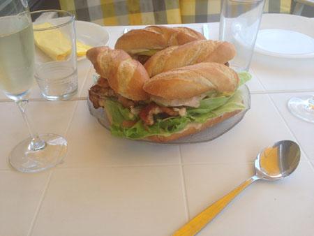 Krabben Sandwich mit Mango